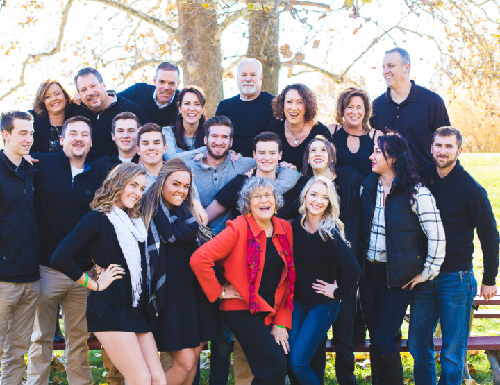 Extended Family Photography | Des Peres Park